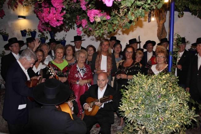 Coros de Navidad en los patios de Córdoba