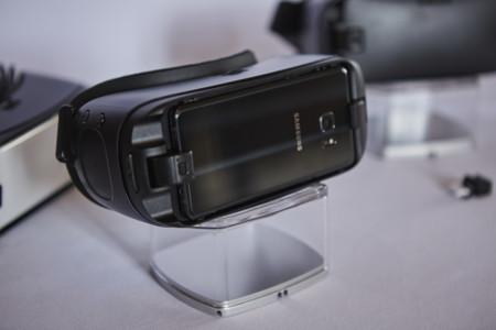 Samsung presenta sus nuevas Gear VR: más cómodas y con un mayor ángulo de visión