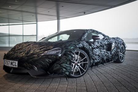 El McLaren más aerodinámico está recubierto de plumas de fibra de carbono