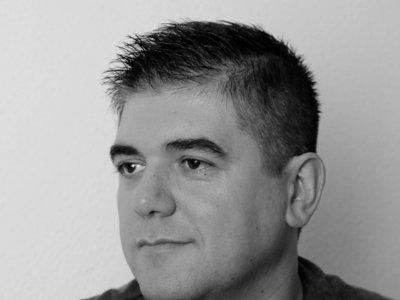 José Antonio Fideu gana  el  Premio  Minotauro  2016 con 'Los últimos años de la magia'