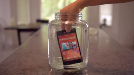 Comprobamos la resistencia al agua de los móviles y tablets Xperia de Sony