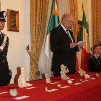 Italia entrega a México piezas arqueológicas rescatadas del tráfico ilegal
