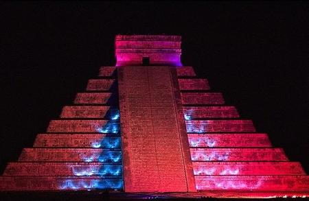 Chichén Itzá Nocturna