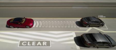Lexus Lane Valet, mueve  a los conductores lentos que te obstruyan con un botón