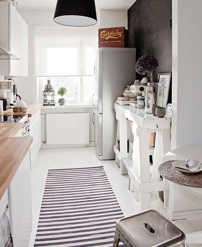 Buena o mala idea una alfombra en la cocina for Alfombra vinilo cocina