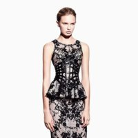 Alexander McQueen lookbook Primavera-Verano 2012: la mujer de Sarah Burton