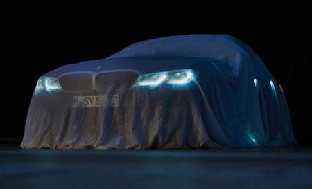 La nueva generación del BMW Serie 3 asoma 'los ojitos' en este primer teaser