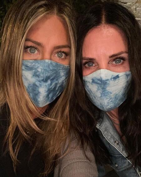 Jennifer Aniston y Courney Cox en Instagram