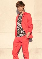 Sastrería coloreada, ¿te atreves con los trajes de colores esta Primavera-Verano 2012? (II)
