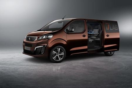 El Peugeot Traveller i-Lab es mejor que un cibercafé