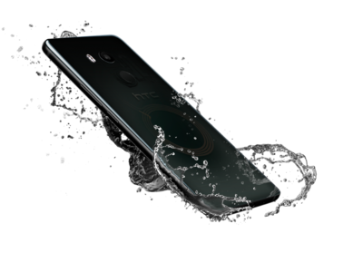 HTC anuncia el HTC U11 Plus: más pantalla y batería para el teléfono que se deja apretar
