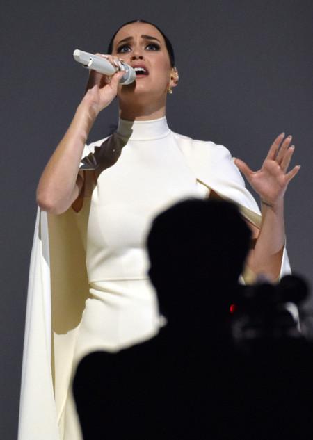 Katy Perry Grammy 2015 Concierto