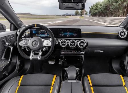 Mercedes Amg A45 S 18