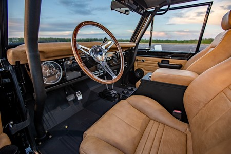 Ford Bronco Por Velocity Restorations 19