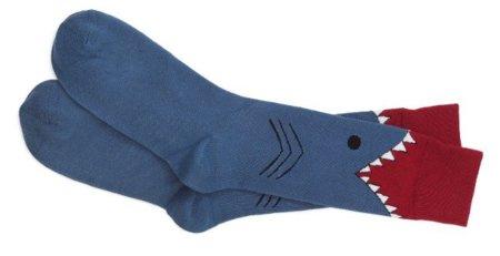 Calcetines de tiburón, un buen mordisco en las pantorrillas