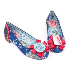 Foto 6 de 88 de la galería zapatos-alicia-en-el-pais-de-las-maravillas en Trendencias