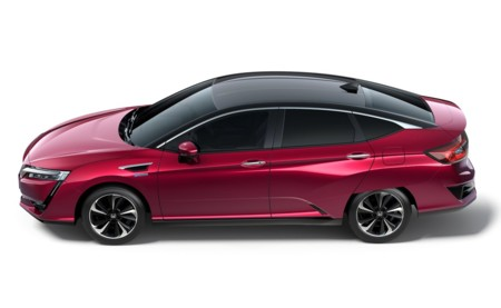 Honda Clarity Fuel Cell 1