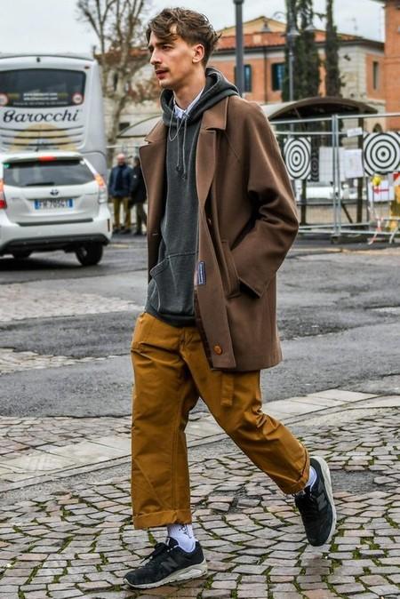 El Mejor Stret Style De La Semana Se Viste De Pana En Sus Looks De Transicion Al Otono 03