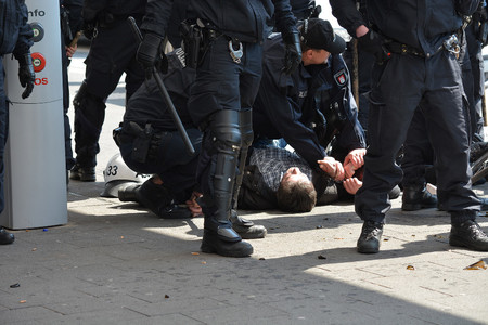 Como Grabar Policia Forma Etica Y Segura En Manifestaciones 06