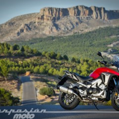 Foto 10 de 56 de la galería honda-vfr800x-crossrunner-detalles en Motorpasion Moto