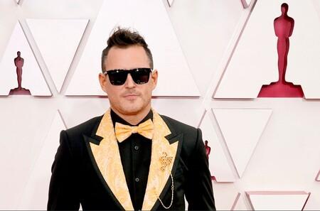Dale un vistazo a los hombres peor vestidos de la Alfombra Roja de los Premios Óscar 2021