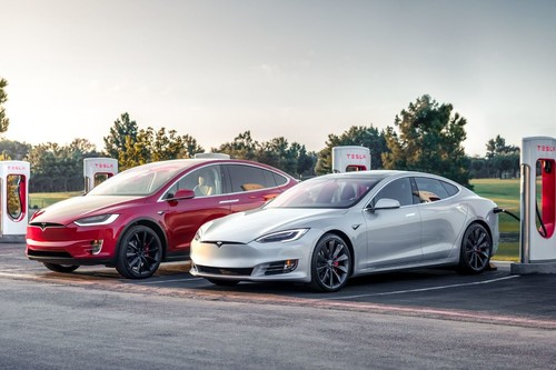 """Elon Musk confirmó que los Model S y Model X son """"menos importantes"""" para el futuro de Tesla y un montón de novedades para la compañía"""