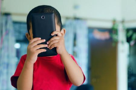 Cómo ayudar a los niños más pequeños a memorizar el teléfono de Emergencias 112 gracias a esta pegadiza canción