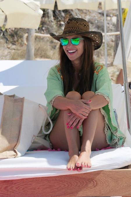 Paula Echevarría ya luce en biquini y nos da unas pistas de cómo lucir monísima en la playa
