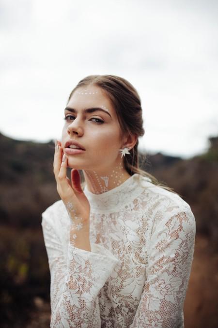 White Beautymarks
