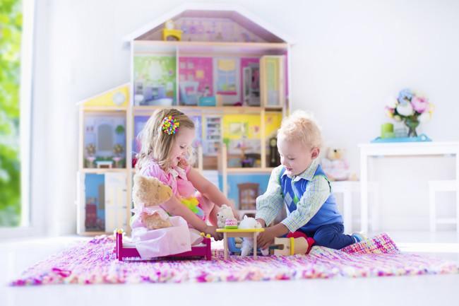 La publicidad sexista y nuestros comportamientos como adultos condicionan, más de lo que creemos, el juego de los niños