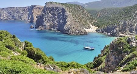 ¿Pensando en las vacaciones? 9 días/ 7 noches en Cerdeña en barco por sólo 632 euros