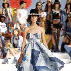 Foto 2 de 24 de la galería desigual-ha-sido-la-firma-encargada-de-inaugurar-la-primera-edicion-de-la-pasarela-mercedes-benz-fashion-week-ibiza en Trendencias