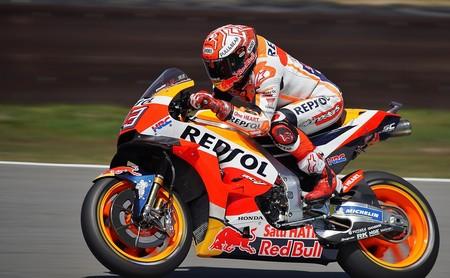¡De locos! Marc Márquez lidera el triplete español en la infartante carrera de MotoGP en Assen