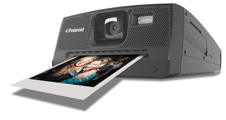 """Polaroid Z340 """"digital"""": tus fotos impresas al instante como hace algunos años"""