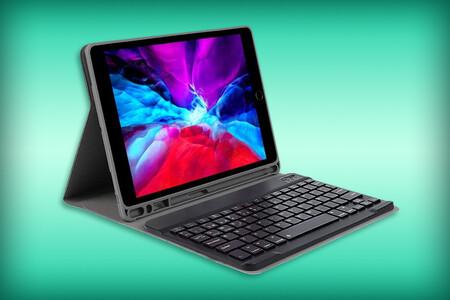 Esta funda para iPad incluye un teclado Bluetooth en español y se puede comprar en Amazon México por 636 pesos