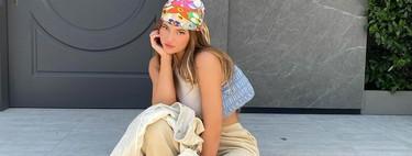 Los pañuelos se llevan en la cabeza: palabra del street style (y de Kylie Jenner)