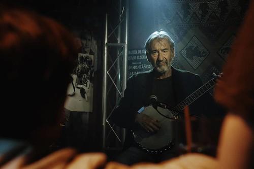 'Formentera Lady': un drama sin demasiado empuje sostenido por el carisma de José Sacristán