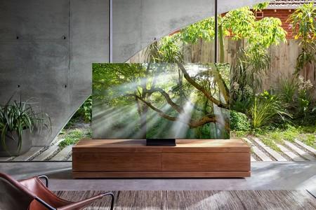 Ya conocemos cómo es el nuevo televisor sin marcos de Samsung: el Q950TS con bisel cero aparece en sus primeras imágenes