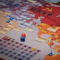 Hay vida más allá de Catán: 23 originales juegos de mesa para jugar y regalar esta Navidad