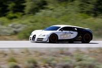 Bugatti Veyron SS a casi 400 km/h en vías públicas