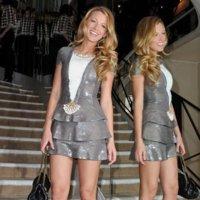 Impresionante estilismo de Blake Lively, homenajeada por Chanel en París