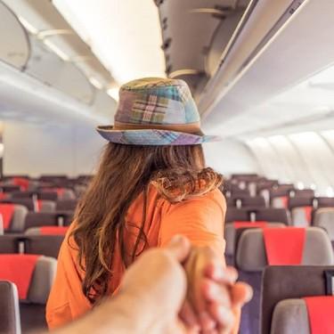 Gafas de realidad virtual para aislarse y evitar la claustrofobia y el miedo a volar: Ya lo ofrecen algunos vuelos de Iberia