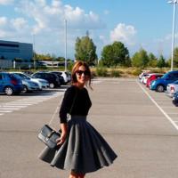 La falda midi de Suiteblanco enamora a todas [Los 50 flechazos del otoño]