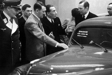 Louis Renault con Adolf Hitler (1937)