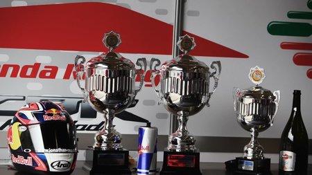 Los trofeos de Rea en Assen