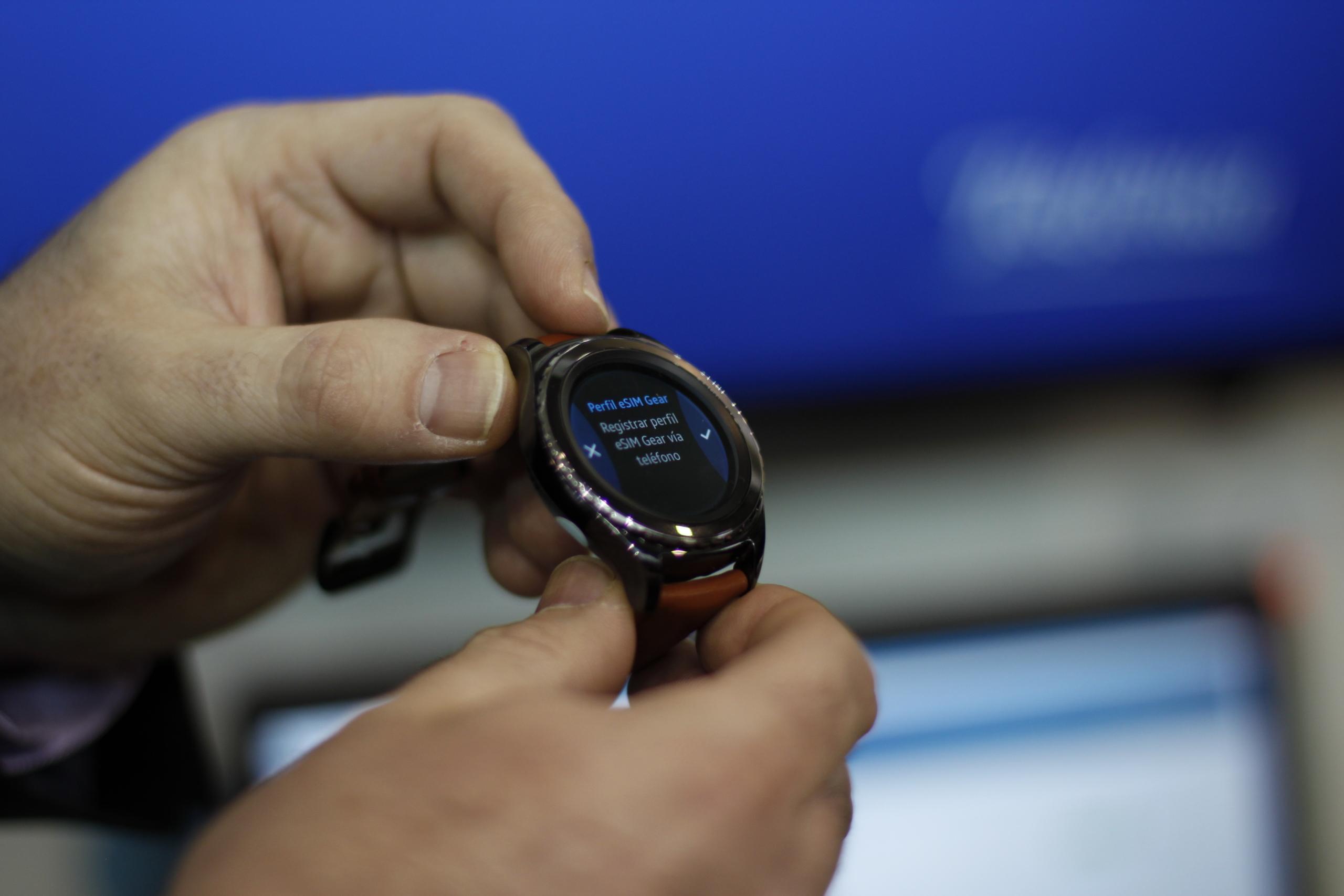 Foto de eSIM en Samsung Gear S2 (3/7)