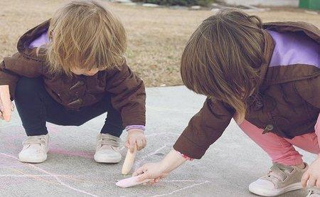 Tener hermanos es positivo para los niños