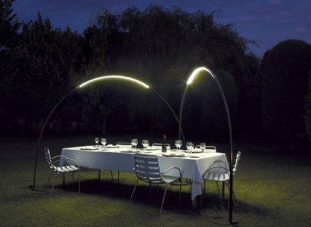 Halley, iluminación envolvente en el jardín