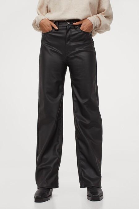 Pantalón en piel sintética