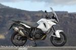 Motorpasión a dos ruedas: probando la Kawasaki Ninja H2 y H2R, KTM 1290 Super Adventure y la Bulldog